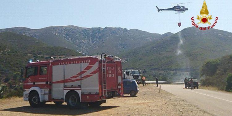 I vigili del fuoco di Cagliari stamane sono intervenuti ...